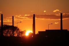 Dawny ZEW w promieniach zachodzącego słońca